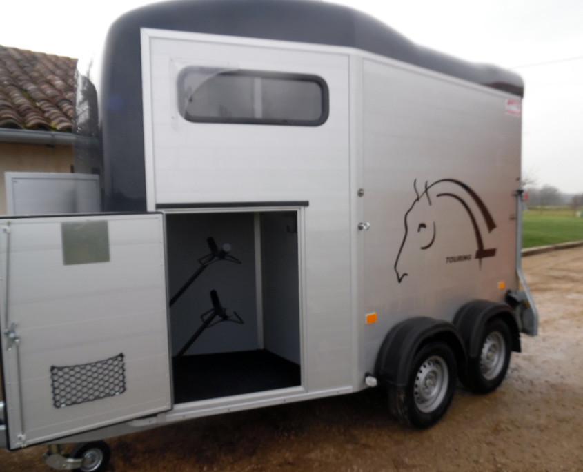 vans a chevaux